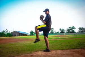 baseball-player_catch
